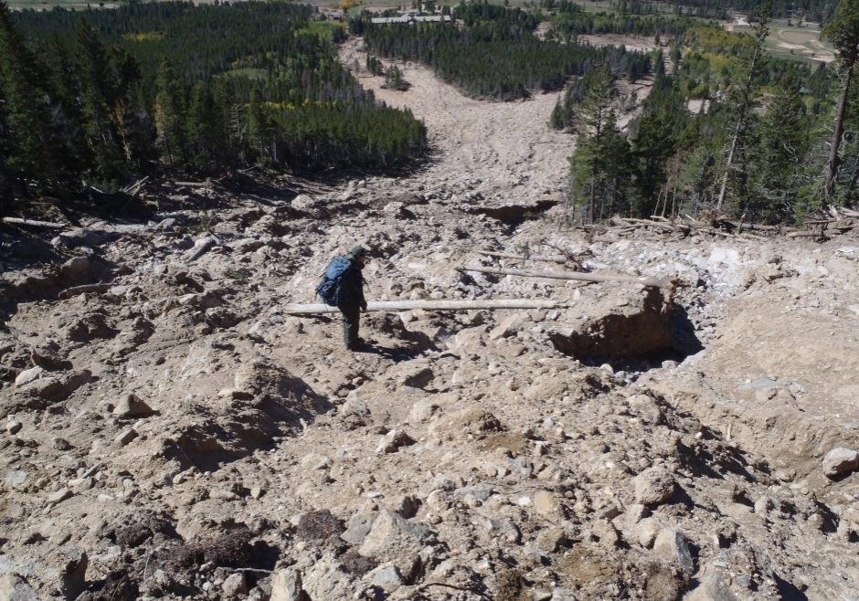 Landslide along the Twin Sisters Trail, Rocky Mountain National Park, following the September 2013 floods. NPS staff.
